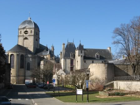 Alen on dentelle sainte therese chambres d 39 hotes for Maison france confort alencon